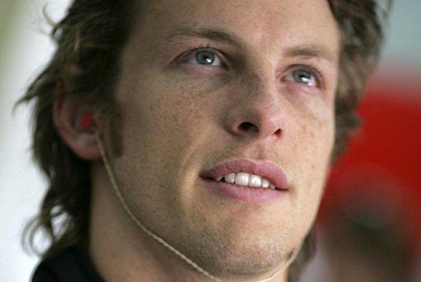 Nick Fry bietet Jenson Button einen Rentenvertrag an - Foto: BAT