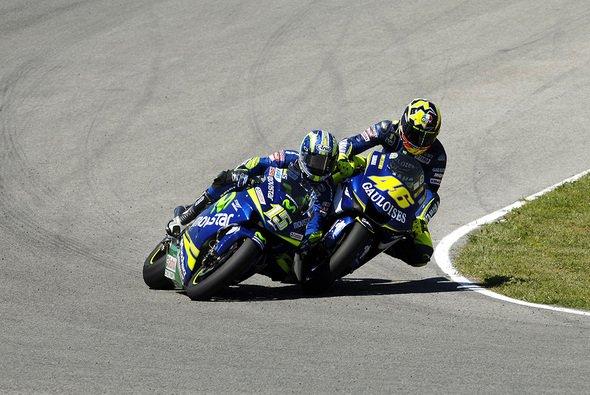 Jerez 2005: Ein legendäres Manöver von Valentino Rossi - Foto: Yamaha Racing