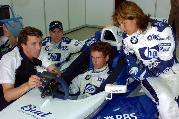 Nick Heidfeld als Fahrlehrer - Foto: BMW