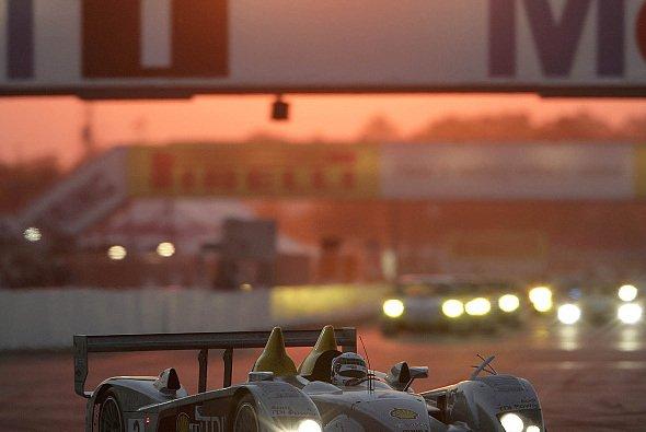 Der R10 wird auf Le Mans vorbereitet.