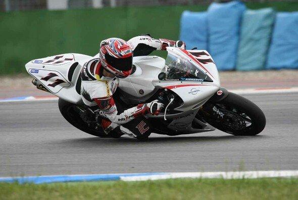Jörg Teuchert holte sich in der IDM Superbike beide Laufsiege - Foto: IDM