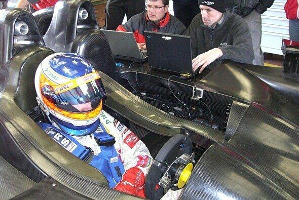 Stefan Mücke ist bereit für sein Mammutprogramm. - Foto: Mücke Motorsport