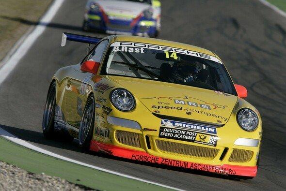 René ist mit seinem Einstand im Porsche Carrera Cup zufrieden. - Foto: Porsche