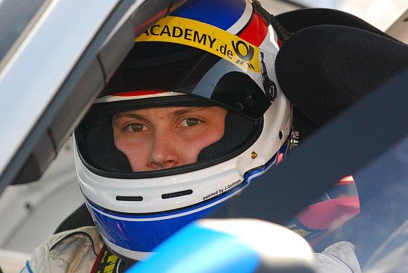 Steffi Halm sitzt auch 2008 in einem Porsche, aber die Rennen werden länger. - Foto: Speed Academy