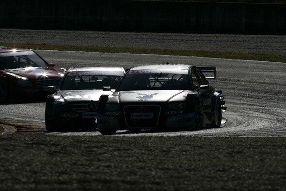 Rasch wurde es dunkel um Audi... - Foto: Audi