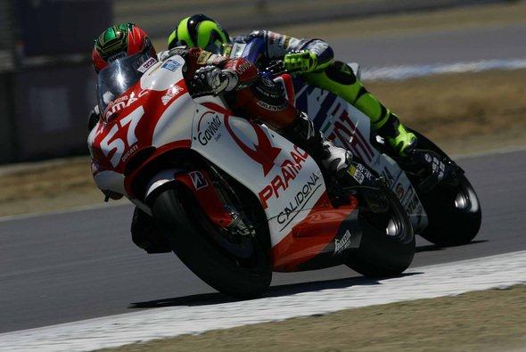 2007 debütierte Davies im Alter von erst 20 Jahren in der MotoGP