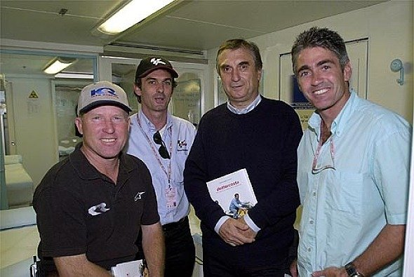 Prominenter Besuch in der Clinica Mobile: Mick Doohan und Kenny Roberts - Foto: Clinica Mobile