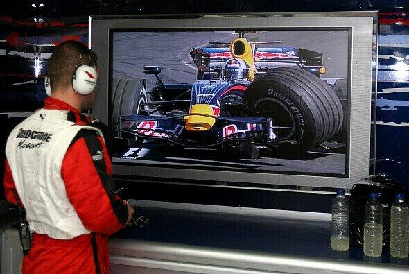 Red Bull zieht die Österreicher vor den TV-Schirm