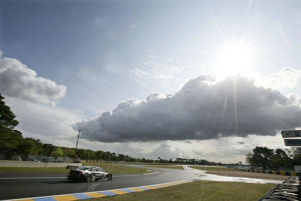 Markus Winkelhock fährt seinem Heimrennen entgegen. - Foto: Audi