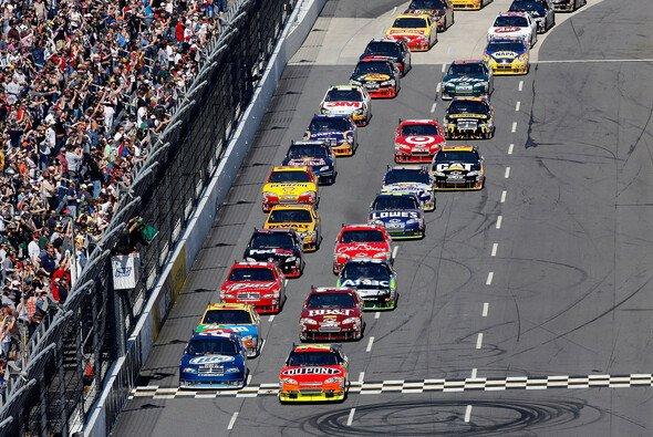 Martinsville: 500 Runden sind zu absolvieren - Foto: NASCAR