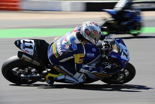 Jörg Teuchert führt derzei die Tabelle der IDM Superbike an.