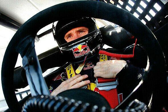 Brian Vickers steht in Michigan erneut auf der Pole - Foto: NASCAR