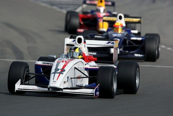 Soucek war schneller und erfahrener als die Konkurrenz - Foto: Formula Two