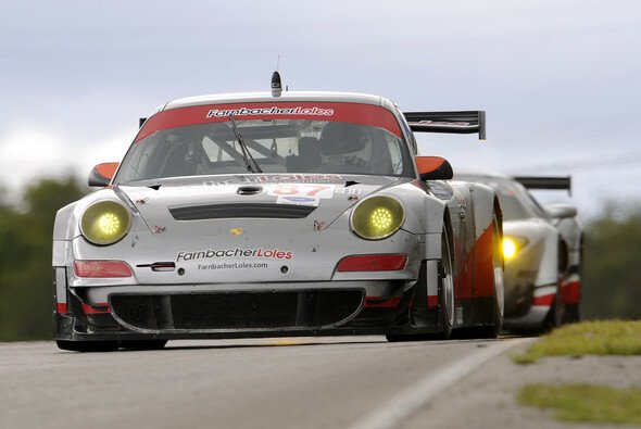 Der Porsche 911 GT3 RSR um Greg Loles und Horst Farnbacher aus dem Jahr 2009