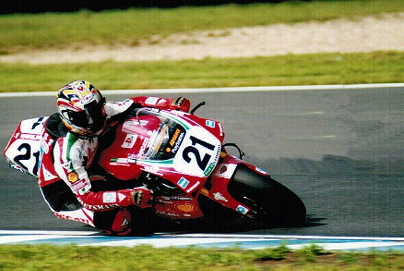 Die WSBK war in Oschersleben bereits von 2000 bis 2004 zu Gast - Foto: Motorsport-Archiv Börner