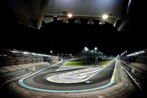 In Abu Dhabi steigt auch 2017 das Formel-1-Finale - Foto: Yas Marina Circuit