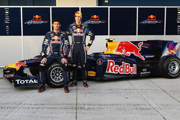 Red Bulls 2010er-Launch mit Mark Webber und Sebastian Vettel - Foto: Red Bull