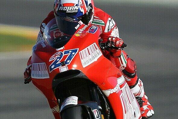 Casey Stoner auf Ducati: Hinter den Kulissen kochte es
