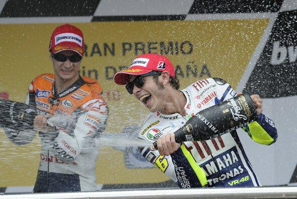 Rossi und Pedrosa jubelten oft zusammen auf dem Podium - Foto: Milagro