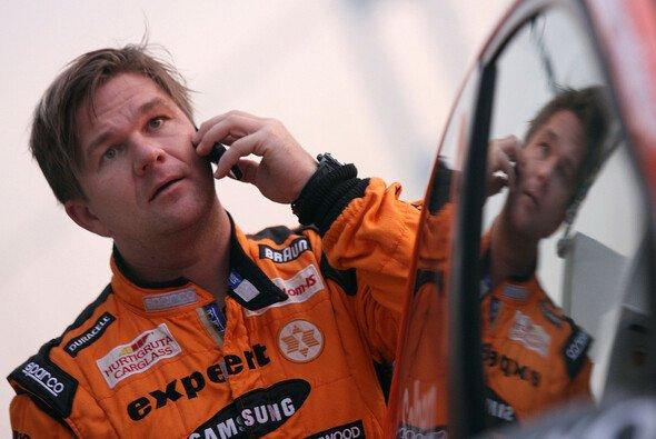 Henning Solberg bestreitet die Asphaltrallyes im Super 2000 Fiesta - Foto: lavadinho.com
