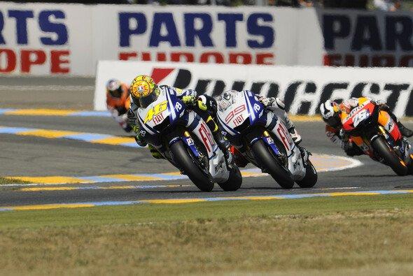 Das Stallduell Valentino Rossi gegen Jorge Lorenzo wird mit Spannung erwartet