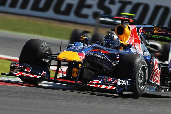 Sebastian Vettel startet von der Pole - Foto: Red Bull