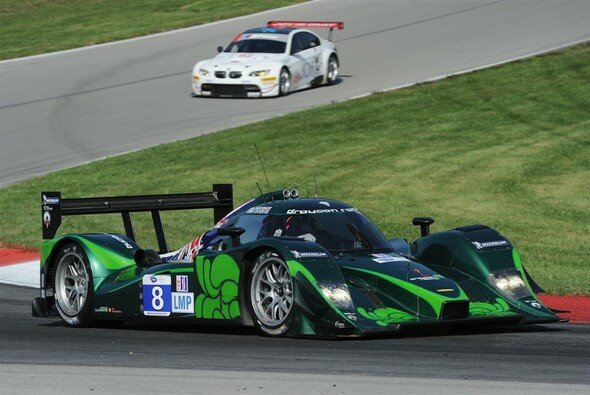 Jonny Cocker gewinnt mit dem Drayson-Lola die LMP, BMW in der GT2 - Foto: ALMS