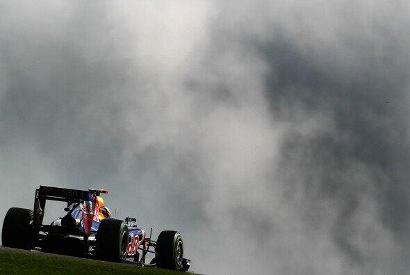 Dunkle Wolken drohen auch am Sonntag