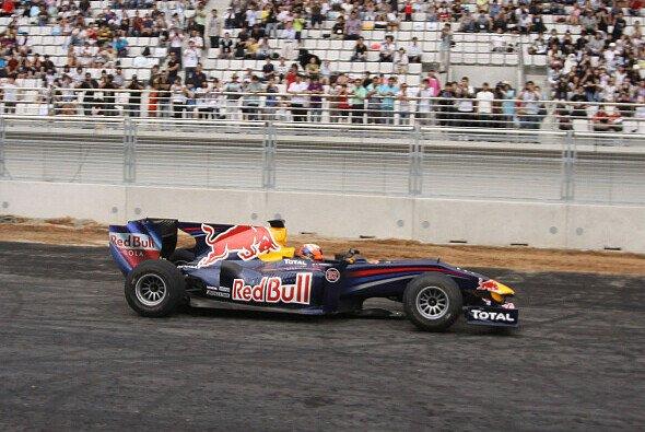 Karun Chandhok drehte ein paar Runden in Korea - Foto: Red Bull