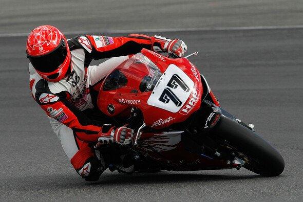 Michael Schumacher leistete sich auf dem Motorrad den einen oder anderen Ausrutscher - Foto: Andreas Beil