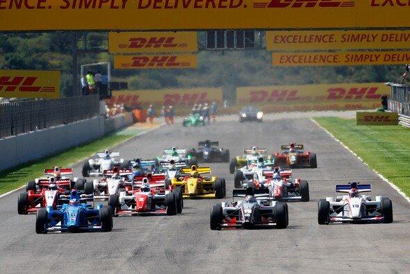 Die Formel 2 fährt ab 2011 die Rennen allein. - Foto: Formula Two