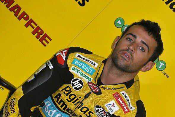 Hector Barbera stürtzt im Qualifying von Japan und startet morgen nur von 15. - Foto: Milagro