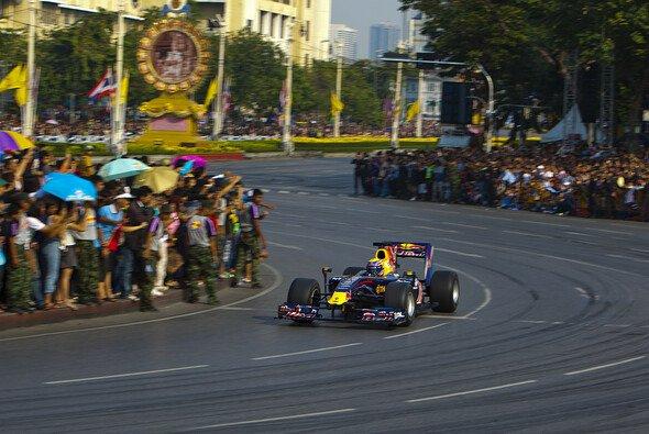 2010 absolvierte Webber einen Show-Run in Bangkok