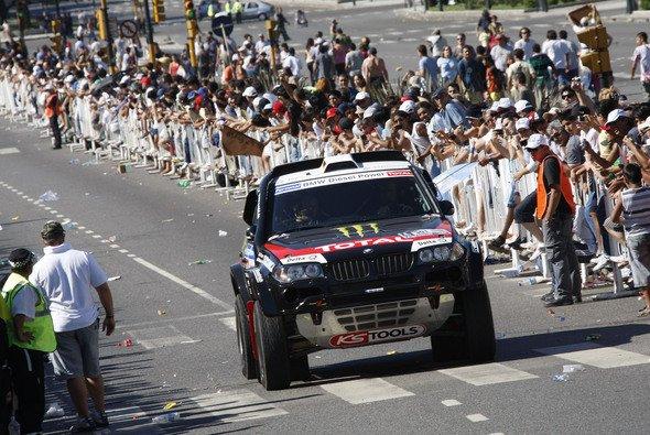 Auf Platz zwei liegt Stéphane Peterhansel gut im Rennen