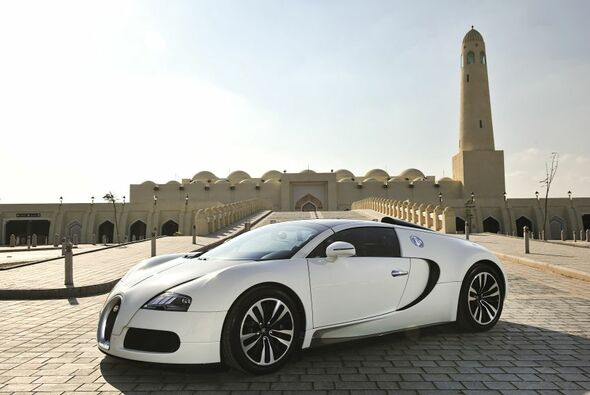handarbeit bugatti veyron 16 4 grand sport auto motorsport. Black Bedroom Furniture Sets. Home Design Ideas