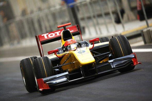Romain Grosjean hat am Samstag freie Sicht nach vorne - Foto: GP2 Asia