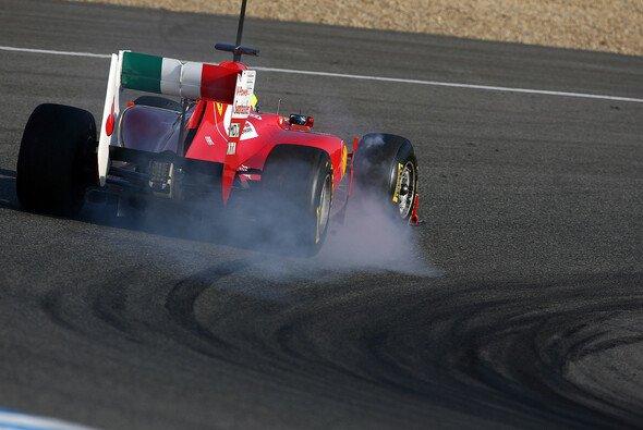 Felipe Massa sicherte sich am ersten Tag in Jerez die Bestzeit - Foto: Pirelli