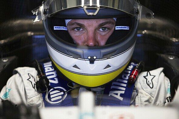 Noch läuft bei Mercedes nicht alles rund - Nico Rosberg bleibt trotzdem optimistisch - Foto: Mercedes GP