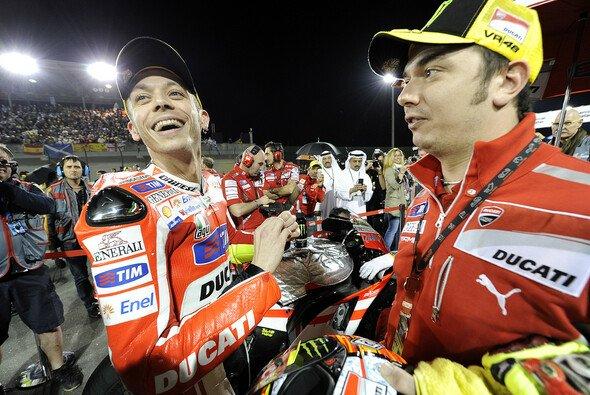 Rossi und Uccio kennen sich von Kindheit an, fuhren früher gegeneinander