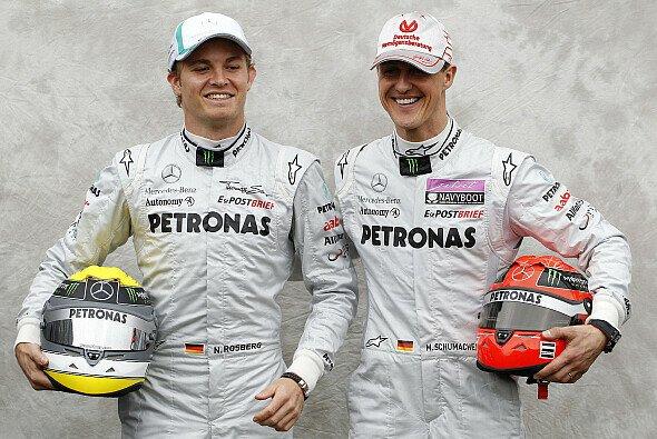 Laut Damon Hill ist Michael Schumacher nicht gerade der ideale Teamkollege für Nico Rosberg