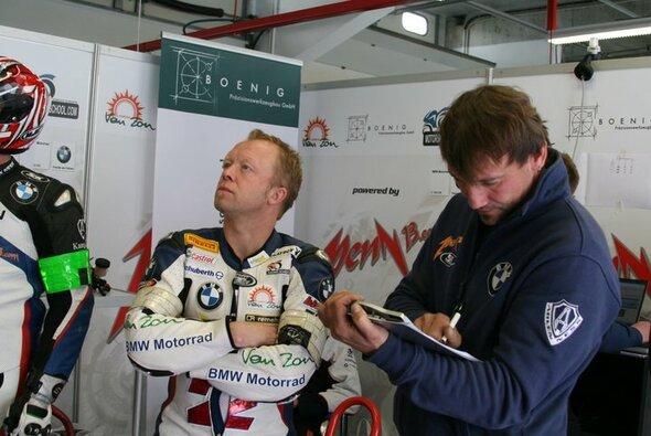 Werner Daemen (l) und Rico Penzkofer sind mit dem Verlauf des Qualifyings zufrieden