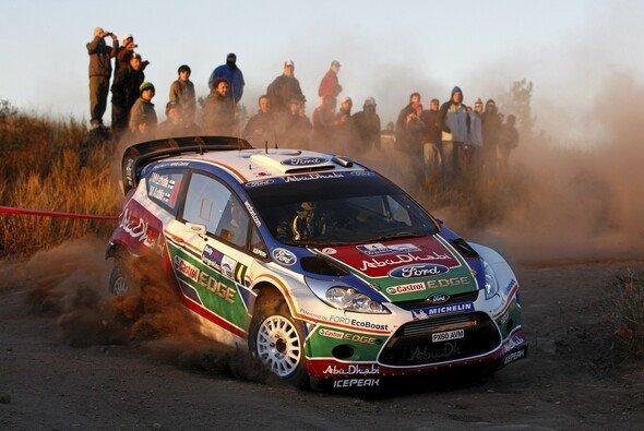 Jari-Matti Latvala liegt nach dem ersten Tag in Führung - Foto: Ford