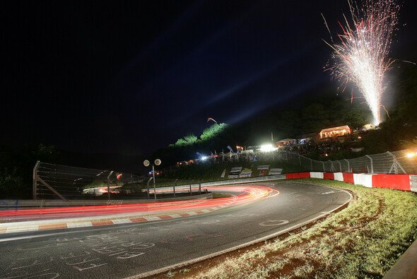Vier Tage Vollgas-Party - für viele Fans das Saisonhighlight - Foto: Porsche