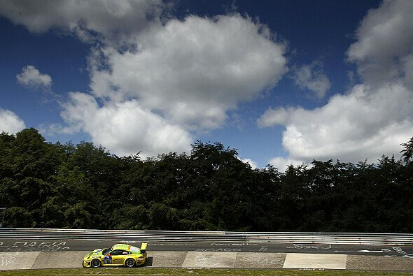 Die Startaufstellung für das 24h-Rennen wird 2012 im Einzelzeitfahren entschieden - Foto: Porsche