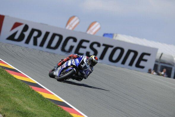 Lorenzo schnappte sich die Bestzeit im letzten freien Training - Foto: Bridgestone