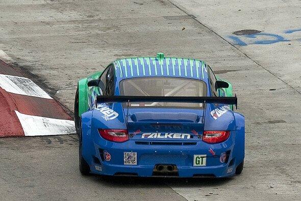 Der zweite Saisonsieg des Falken-Teams gibt Porsche weiter Auftrieb - Foto: Dr. Ing. h.c.F. Porsche AG