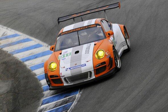 Der Porsche 911 GT3 R Hybrid demonstrierte, wozu die Kraft der zwei Herzen in der Lage ist - Foto: Dr. Ing. h.c.F. Porsche AG