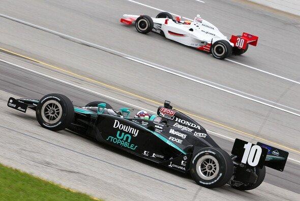 Franchitti führt die Tabelle wieder an - Foto: IndyCar