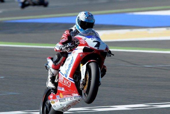 Carlos Checa bleibt Althea Racing treu