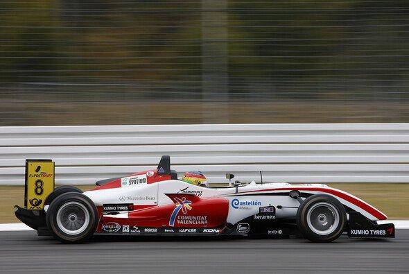 Roberto Merhi siegte trotz Schwierigkeiten mit den Vorderreifen